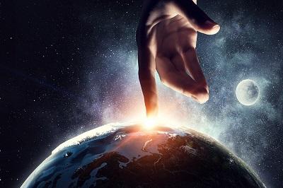 האם אלוהים ריבון והכל באמת נעשה אך ורק כרצונו?